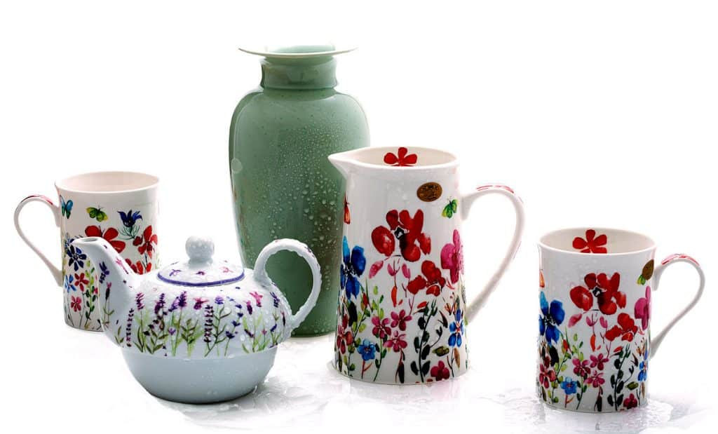 Ceramic green vase, teapot and cups