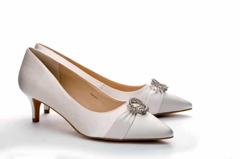wedding-shoes-product-shot-front-angle